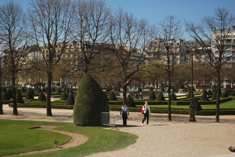 A Desi in Paris 25 Places to Explore