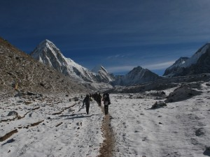 Trekking towards Everest Base Camp