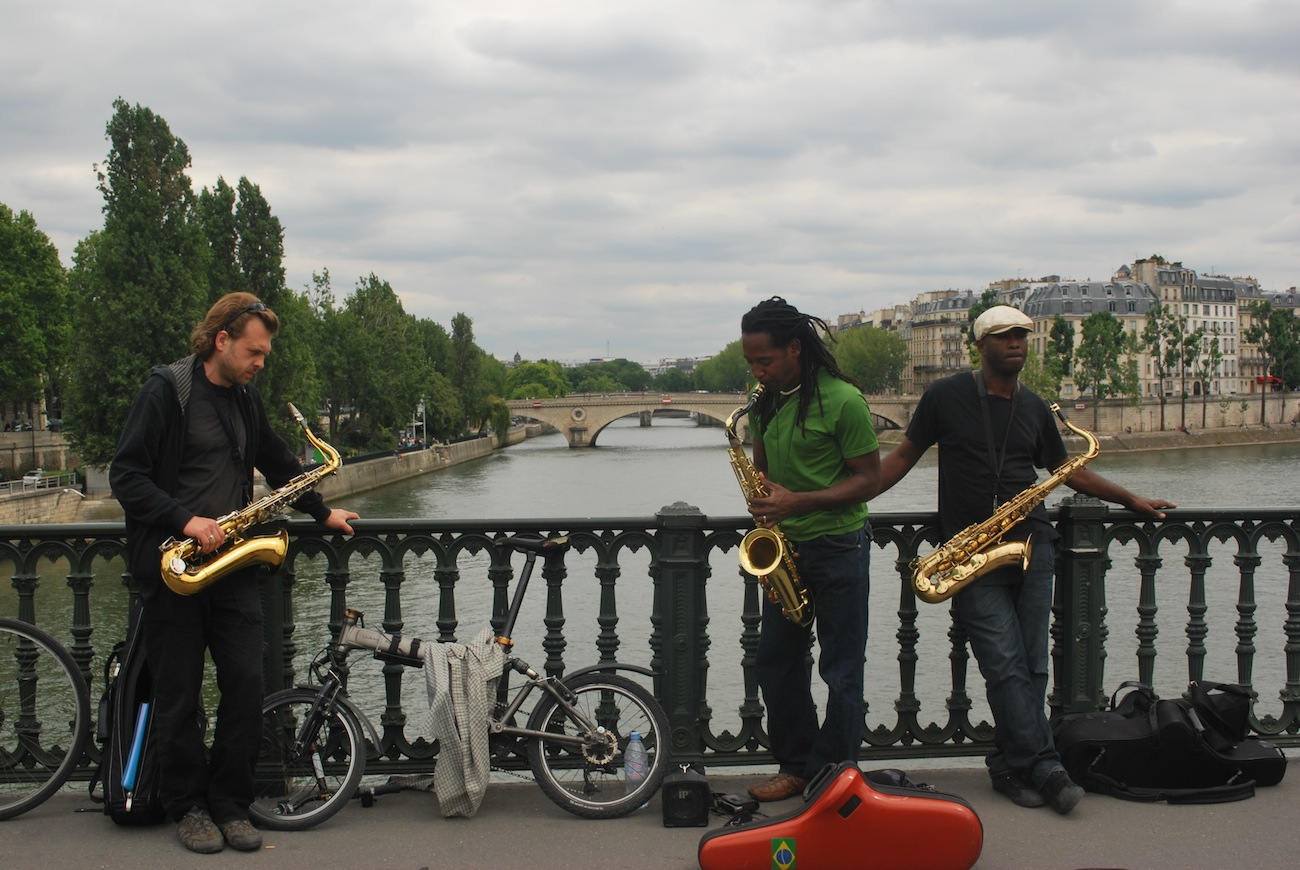 Playing on the Seine